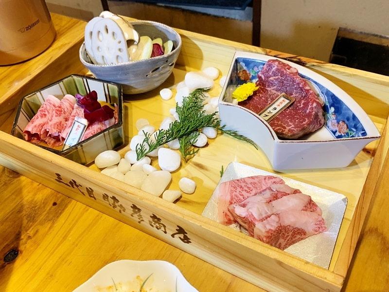 三代目脇彦商店本店の肉盛り合わせ2